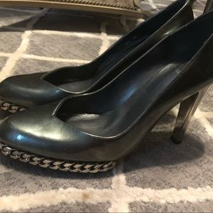 Stuart Weitzman silver chain heels
